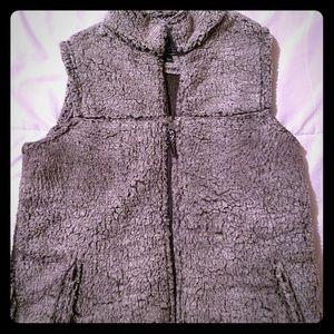 Sherpa-like Vest